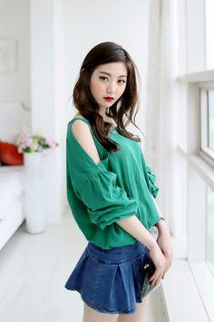 Lee Chae Eun | Korean Fashion | Life Style.