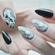 Udanego Halloween! :*  #halloween #halloween2015 #scary #nailsforever #nailart #manicure #hybryda #spider #nailart3d #skulls #blackandwhite #odetteswan #tutorial #newvideo #instanails #nails4instagram #nailspiration #trickortreat