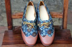 Maaticrafts Blue Printed Mashroo Derby Shoes