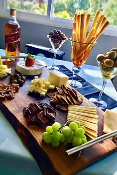 Charcuterie Boards starting at 50 dollars! Custom Quality One of a kind! Charcuterie Display, Charcuterie And Cheese Board, Cheese Boards, Meat And Cheese, Wine Cheese, Cheese Platters, Food Platters, Appetizer Salads, Appetizers