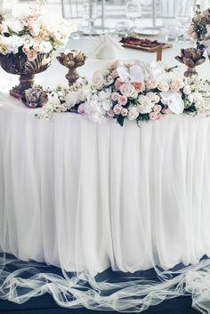 Декор свадьбы Асель и Джорди #flower composition  #elenayagudinawedding #свадебноеагентство http://elenayagudina.ru