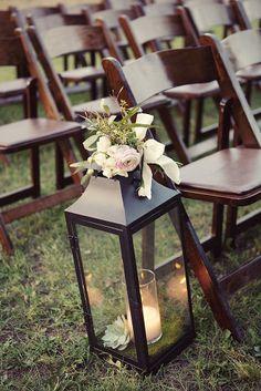 Pretty lantern aisle decor. Photo by Sarah Kate, Photographer. #wedding #aisle #lantern #decor