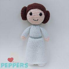 Amigurumis princesa Leía Star Wars Princesa Lea Star Wars, Princesa Leia, Crochet Hats, Teddy Bear, Toys, Animals, Plushies, Princesses, Tejidos