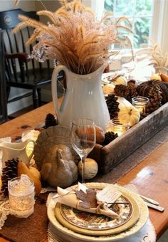 10 Must Have Thanksgiving Tablescapes