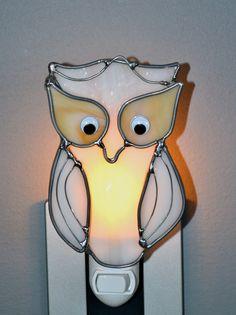Snowy Owl  Stained Glass Nightlight. $16.00, via Etsy.
