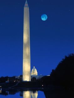 Washington Monument Photographic Print by Craig Aurness from AllPosters.com