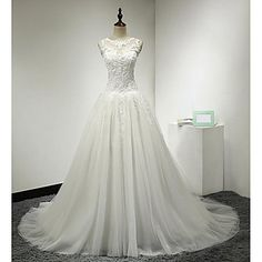 A-line+Wedding+Dress+Court+Train+Jewel+Lace+/+Tulle+with+Appliques+/+Button+–+USD+$+139.99