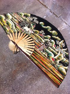 Wall Decor Lare Abanico Vintage Fan Asian decor by BETOSVINTAGE, $75.00
