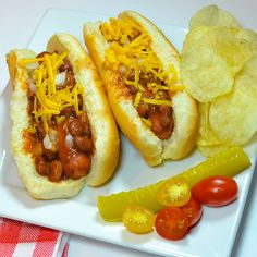 Chili Dogs with Cheese-A Family Favorite! #AllstarsHormel #ChiliNation Thanks HORMEL® for providing the product!