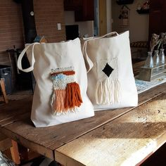 Market Tote with Handwoven Patch image 0 Weaving Projects, Weaving Art, Tapestry Weaving, Hand Weaving, Fabric Tote Bags, Diy Tote Bag, Canvas Tote Bags, Diy Embroidery, Cloth Bags