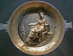 """Bowl with the image of Athena, from the Hildesheim Silver Treasure, 1st century BCE. Antikensammlung Berlin Inv. 20.12 A. Part of a hoard of Roman tableware of the 1st century BCE - 1st century CE, known as the """"Hildesheim silver treasure"""", discovered in 1868 in Hildesheim, Germany, and now in the Altes Museum, Berlin.)"""