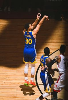 NBA Finals Archive Stephen Curry Shooting, Nba Wallpapers Stephen Curry, Steph Curry Wallpapers, Stephen Curry Family, Nba Stephen Curry, Stephen Curry Basketball, Nba Pictures, Basketball Pictures, Nba Players