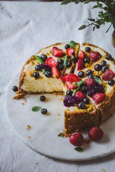 Amerikkalainen juustokakku eli New York Cheesecake – Viimeistä murua myöten Drink Recipe Book, Ice Cream Pies, Tasty, Yummy Food, Sweet And Salty, Sweet Sweet, Piece Of Cakes, Something Sweet, Cheesecake Recipes