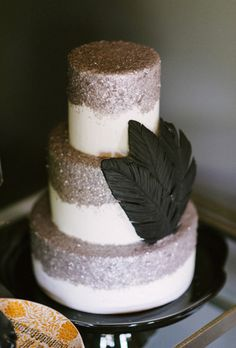 Brides.com: 29 Glam Metallic Wedding Cakes A three-tiered wedding cake with silver details.Photo: Rustic White Photography Metallic Cake, Metallic Wedding Cakes, Glitter Cake, Glitter Wedding, Silver Glitter, Bronze Wedding, Gold Wedding, Beautiful Wedding Cakes, Gorgeous Cakes