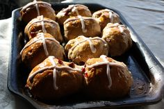 A boozy, slightly sacrilegious take on the traditional Easter treat. Hot Cross Buns, Easter Traditions, Easter Treats, Pretzel Bites, Muffin, Bread, Traditional, Breakfast, Desserts
