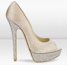 Jimmy Choo - Sugar   I need these....perfect wedding shoes looks like Cinderella ✨
