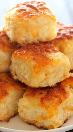The BEST! I can't even count how many people asked for this recipe! 2019 The BEST! I can't even count how many people asked for this recipe! The post The BEST! I can't even count how many people asked for this recipe! 2019 appeared first on Rolls Diy. Cheddar Potatoes, Baked Potatoes, Biscuit Bread, Potato Bread, Yeast Bread, Biscuit Recipe, Potato Soup, Bread Bun, Bread Baking