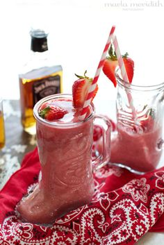 Cowgirl Coolers | Whiskey Strawberry Daiquiri Cocktail from the adorable @Marla Landreth Landreth Meridith. Love!