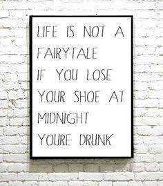 Morsom voksenhumor plakat. Perfekt i en barløsning. I Shop, Fairy Tales, Life, Poster, Fairytail, Adventure Movies, Fairytale, Adventure, Fairies