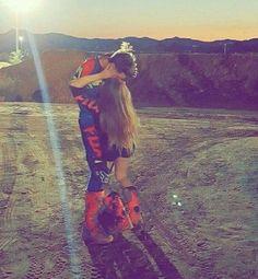Dirt Bike Couple, Motocross Couple, Motocross Love, Biker Couple, Dirt Bike Girl, Relationship Goals Pictures, Cute Relationships, Cute Couples Goals, Couple Goals
