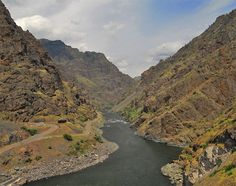 Hells Canyon Recreational Area - Oregon - Ranked as one of the more rugged areas in the nation, Hells Canyon is a 71-mile stretch of the fantastic Snake River Canyon. This is North America's deepest river gorge - more than 7,900 feet at one point (yes, even deeper than the Grand Canyon!) The canyon also sports a diversity of wildlife and vegetation - Location:Near Highway 95 along the border of northeast Oregon and western Idaho