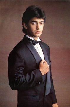 aamir khan young at DuckDuckGo Indian Bollywood, Bollywood Stars, Indian Celebrities, Bollywood Celebrities, Raja Hindustani, Indian Bodybuilder, Kareena Kapoor Khan, Ranbir Kapoor, Aamir Khan