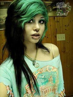 Green and black scene hair Black Scene Hair, Emo Scene Hair, Black Hair, Scene Girl Hair, White Hair, Emo Haircuts, Trendy Haircuts, Haircuts For Long Hair, Cool Hairstyles