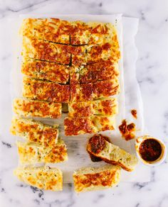 cheesy garlic bread fingers recipe - Foodess.com