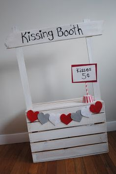 Valentines day kissing booth photo prop tutorial, baby photo shoot, 3 month pictures, kisses Valentine's Working day is taken into … Valentine Mini Session, Valentine Picture, Valentines Day Photos, Valentine Day Crafts, Valentines Hearts, Kids Valentines, Photos Saint Valentin, Saint Valentin Diy, Mini Sessions