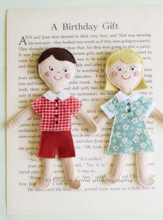 Felt paper dolls.  This lady is seriously a genius.