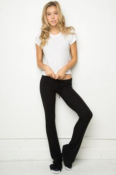 Brandy ♥ Melville | Eleanor Sweatpants - Clothing Brandy Melville Pants, Sweatpants Outfit, Bikini Models, Cute Casual Outfits, Victoria Secret Pink, Black Jeans, Street Style, My Style, How To Wear