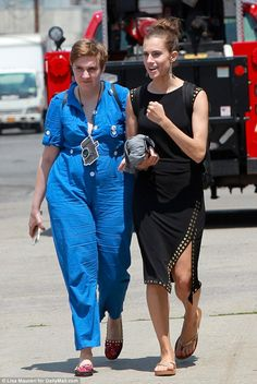 Tight knit! Lena Dunham and Allison Williams enjoyed a breather from filming Girls on Tuesday in New York City but they seemed to be in very different moods