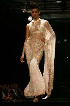 Saree glamour by Suneet Varma