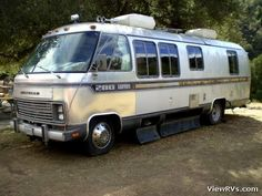 Image detail for -ViewRVs.com - 1982 Airstream 280 Turbo Diesel Motorhome (F) Vintage Rv, Vintage Airstream, Campers World, Airstream Motorhome, Coach Travel, Camping In The Rain, Rv Travel Trailers, Cool Campers, Truck Camper