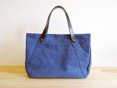咖啡色手工牛皮提把X復古藍帆布手提肩提包 - makotohon | Pinkoi