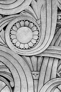 Art Deco design on the Chicago Motor Club building Motif Art Deco, Art Deco Pattern, Art Deco Design, Art Et Architecture, Architecture Details, Art Nouveau, Pattern Texture, Estilo Art Deco, Art Deco Stil