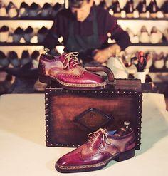 Paul Parkman Goodyear Welted Handmade Oxfords Website : www.paulparkman.com #paulparkman #paulparkmanshoes #handmade #bespoke #luxury #shoemaker #handcrafted #shoesformen #mensshoes #handmadeshoes #handcraftedshoes #patinashoes #bespokeshoes...