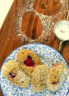 Raspberry and Earl Grey Madeleines – Colonial Cravings