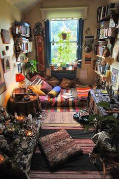 Cool 101 Inspiring Vintage Room Designs https://decoratoo.com/2017/05/16/101-inspiring-vintage-room-designs/ If you're a person who likes to present his c special appearance, placing several odd-shaped smallish rugs, at various places, in the exact same room, will lend a dramatic touch to your residence