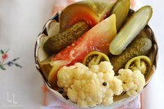 Reguli pentru murături perfecte, în saramură sau în oțet   Laura Laurențiu Preserves, Pickles, Cauliflower, Sausage, Vegetables, Food, Canning, Preserve, Cauliflowers