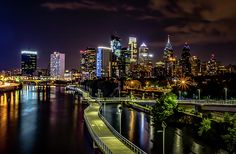 Check out Howard Roberts latest fine art portrait . Click on the link and you will be taken to my website where you can enjoy all of my fine art portraits. Please leave a comment, like and share the link with and friends of family looking for fine art .#idyllic #love #howardroberts #art #fineart #canon #photography #longexposure #philadelphia #philly #urban