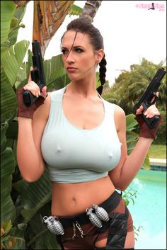 Lana-Kendrick-as-Lara-Croft-4.jpg 855×1,280 pixels