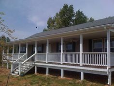 Porch Handrails - Wooden porches or terraces grace the front of many houses and create a feeling of welcome-home. Porch wood railings are available in Front Porch Deck, Porch Wood, Front Porches, Vinyl Railing, Wood Railing, Mobile Home Deck, Porch Handrails, Modern Mobile Homes, 30x40 House Plans