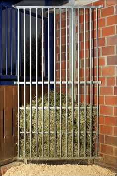 Eck-Heuraufe/Gitter oder Holz/Gitter