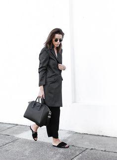 blk-yeezus:  black ✖ stylish ✖ modern | always follow back similars