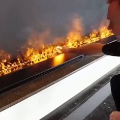 Water vapor flames lit by LEDs fun funny funny pics Geeks, Best Funny Photos, Funny Pics, Funny Stuff, Funny Photoshop, Fire Powers, Cool Inventions, What Can I Do, Funny Memes