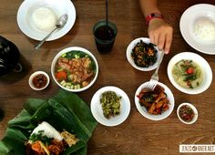Akasya Express Jl. Taman Kemang No. 14B South Jakarta 12790 ph. +62(21) 7183090