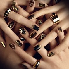 Metallic nails – you must try them!