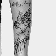 ▪️Buongiorno ☀️ #patmara #tatuaggio #fioritattoo #flores #tropical #tropicalplants #botany #botanicaltattoo