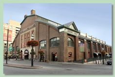 You Snooze, You Lose. 5 Reasons to Get up Early in Toronto.: Scoring a Find at St. Lawrence Market